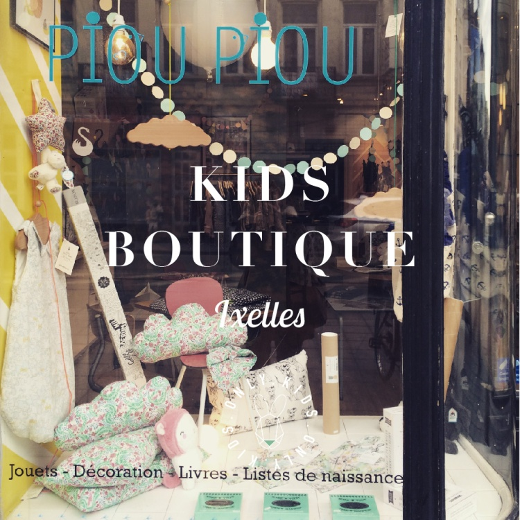 Brussels-Ixelles-shopping-kids