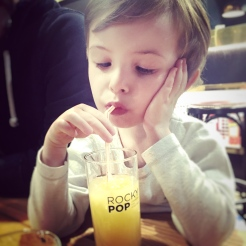 Rocky Pop Hotel - Jus de fruit pour les kids